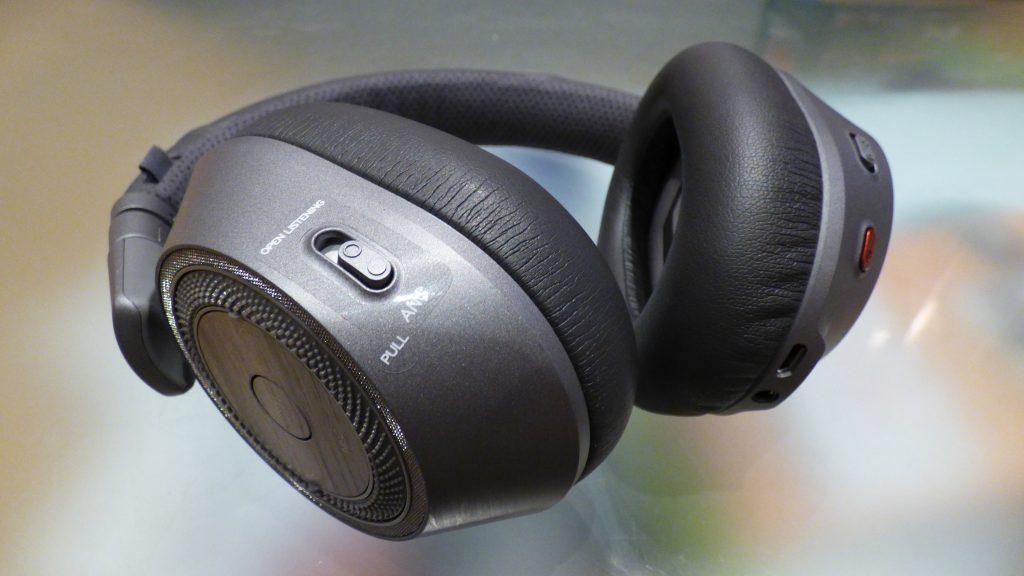 Plantronics BackBeat Pro 2 casque à réduction de bruit pour voyager