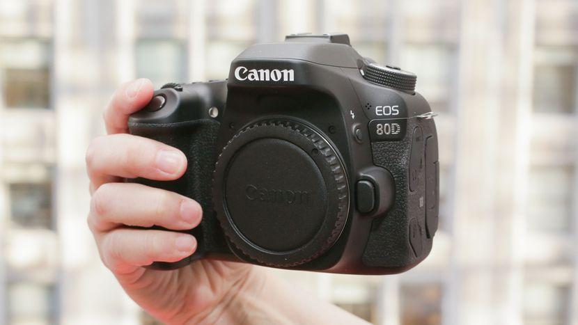 Canon EOS 80D appareil photo numérique pas cher pour vidéo