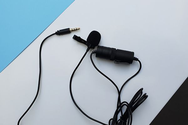 7. Boya BY-M1 - Une qualité sonore impressionnante et un rapport qualité-prix remarquable