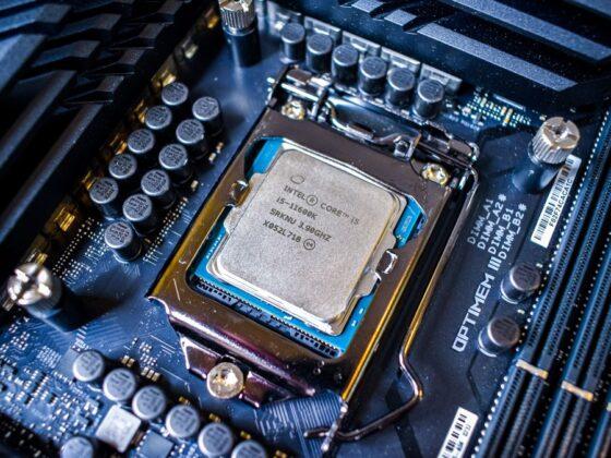 Quelle carte mere Z590 pour Intel i5 11600K